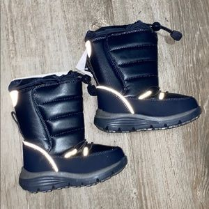 NWT Lands End Thermolite Snow Flurry Boots